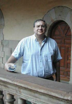 Dr. Eduardo Aguirre.